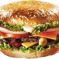 Бургер с сочной свининой Фото