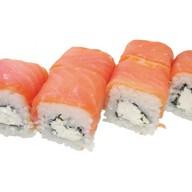Ролл Нежный с копченым лососем Фото