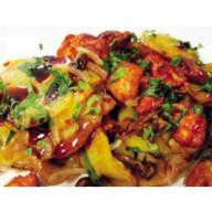 Картофель с курицей и грибами Фото