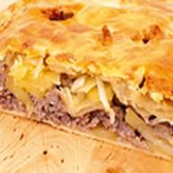 Пирог с фаршем и картофелем Фото