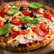 Овощи и грибы пицца Фото