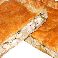 Пирог с курицей, сыром и зеленью Фото