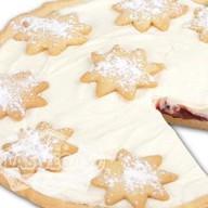 Пирог с клубникой и сливками Фото