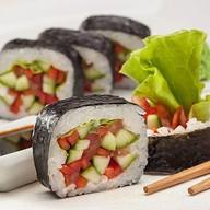 Урамаки с овощами Фото