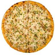 "Пицца ""С тунцом"" Фото"