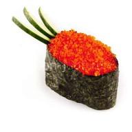 Суши с красной тобико Фото