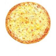Пицца с сырами Фото
