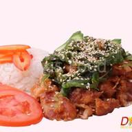 Курица с рисом и овощами Фото