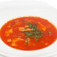 Томатный суп с морепродуктами Фото