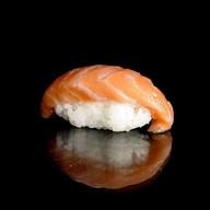 Суши с семгой холодного копчения Фото