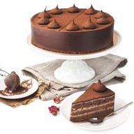 Шоколадно-миндальный торт Фото