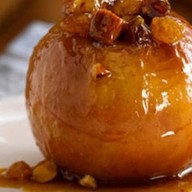 Яблоко, запеченное с карамелью Фото
