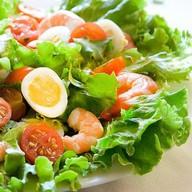 Салат с креветками «Немо» Фото