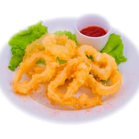 Луковые кольца с соусом - Фото
