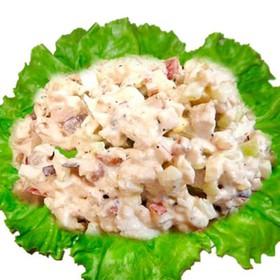Салат с курицей и сыром - Фото