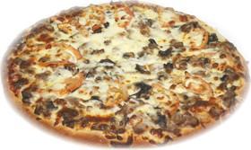 Пицца с ветчиной и грибами - Фото