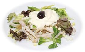Салат с кальмарами - Фото