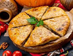 Грузинский пирог Кубдари - Фото