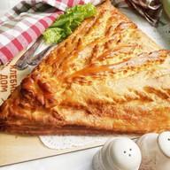 Пирог с капустой и фаршем Фото
