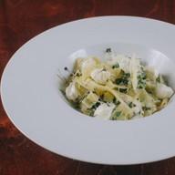 Паста с мягким сыром и шпинатом Фото