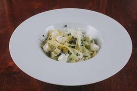 Паста с мягким сыром и шпинатом - Фото