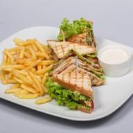 Клаб сендвич Фото