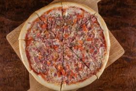 Пицца с ветчиной - Фото