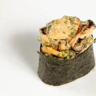 Суши спайси с мидиями Фото