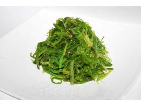 Салат из морских водорослей чука - Фото