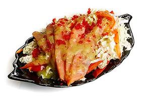 Салат с копченым лососем - Фото