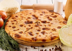 Пирог с сыром и капустой - Фото