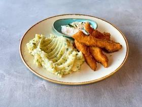 Куриные палочки с картофельным пюре - Фото