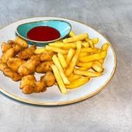 Куриный попкорн с фри Фото