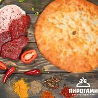 Осетинский пирог со свининой и говядиной Фото