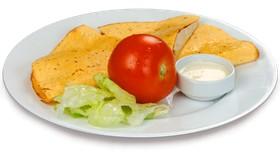 Кесадилья с сыром и помидором - Фото