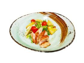 Салат с курицей и соусом А-ля кардини - Фото