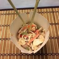 Лапша курица в сливочном соусе Фото
