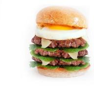 Тройной Бургер с говядиной и яйцом Фото