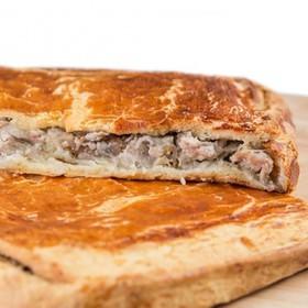 Слоеный пирог с грибами и картофелем - Фото