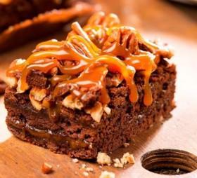 Пирожное Брауни с орехом пекан - Фото