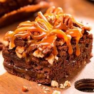 Пирожное Брауни с орехом пекан Фото