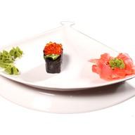 Гункан с Икрой лосося в нори Фото