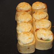 Запеченная тортилья с лососем Фото