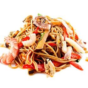 Соба с морепродуктами - Фото