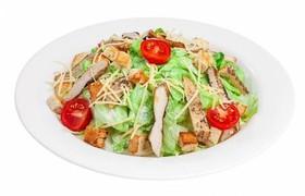 Цезарь салат с цыпленком - Фото