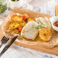 Филе кальмара с молодым картофелем Фото