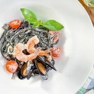 Нери с морепродуктами Фото