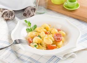 Ньокки с сыром и помидоркой - Фото