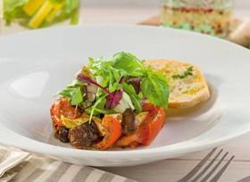 Салат с теплыми овощами - Фото