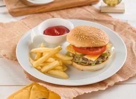 Бургер с картошкой фри - Фото